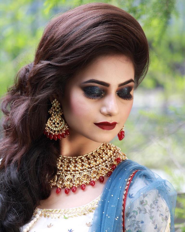 Stunning Engagement Makeup by Parul Garg