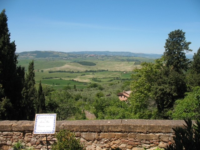 views-of-the-cortona-valley.jpg