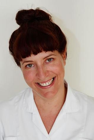 Jo Hull acupuncturist portrait happy crop_jpg - Copy.jpg