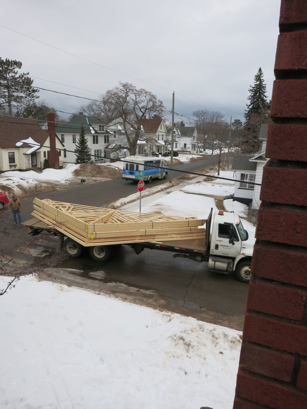 And the Trusses arrive!