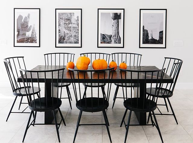 I can't believe we're only a couple of weeks away from Halloween. We are soaking up every second of this Fall weather. What's your favorite Fall activity? Are you a pumpkin patch person or do you love a good haunted house? PC | @rennaihoefer ⠀⠀⠀⠀⠀⠀⠀⠀⠀ #lgd #lgdstaging #lgddesign #interiordesign #designer  #modernhome #kitchensofinstagram #homedecor #homeremodel  #phoenixrealestate #falldecor #homestaging #homedesign  #remodel #housetour #finditstyleit #fallfestivities #blackandwhite