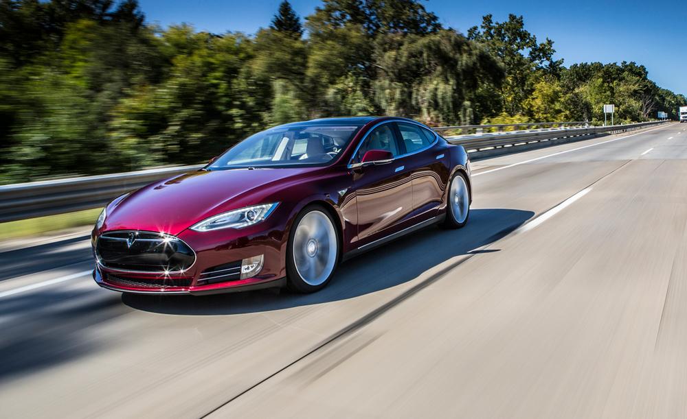 2013-tesla-model-s-test-review-car-and-driver-photo-490335-s-original.jpg