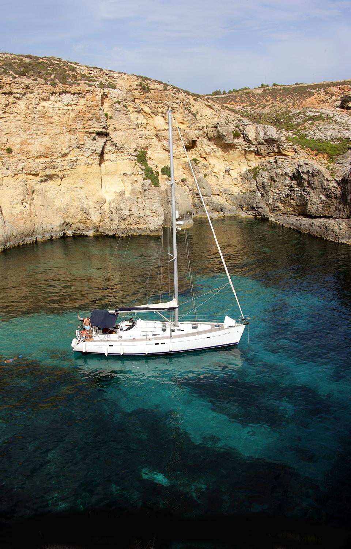valletta_bastions_sailing_malta.jpg