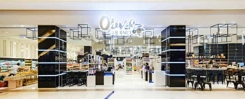Oliver-3.jpg