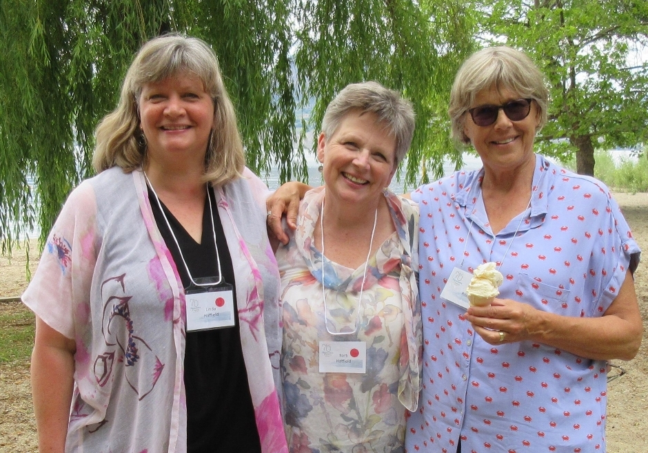 Linda Hatfield, Barb Hatfield, Jane Ritchie