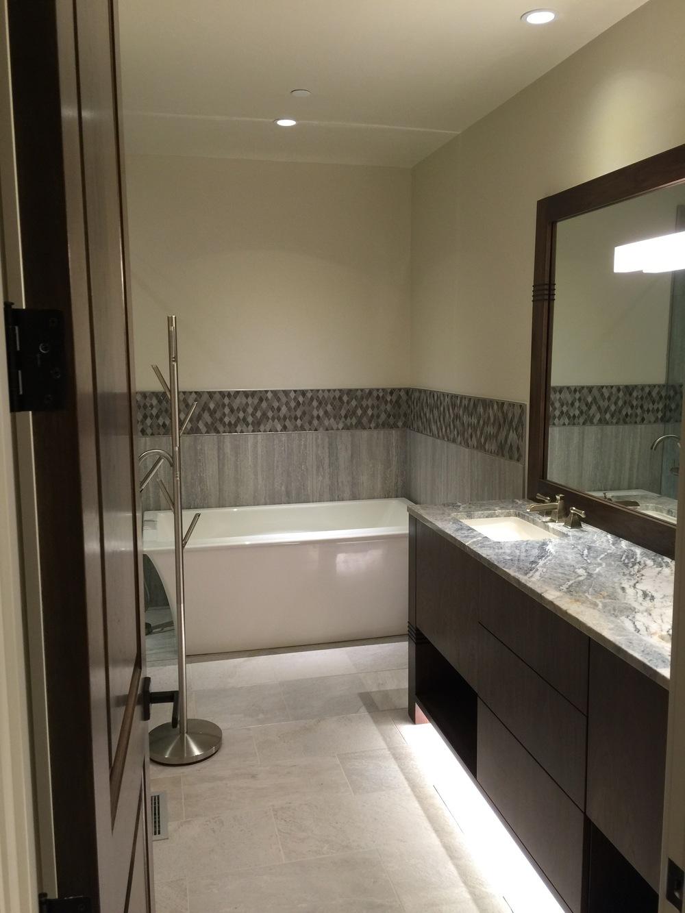 Bath4_3537.jpg