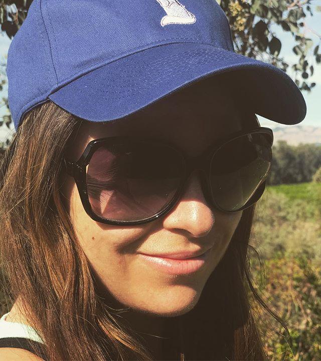 Soaking up that California sunshine ☀️☀️😆🌼💜 #style #HatsForGood #california #charity #nonprofit #goodcause #instagood #sunshine #losangeles #sundayfunday