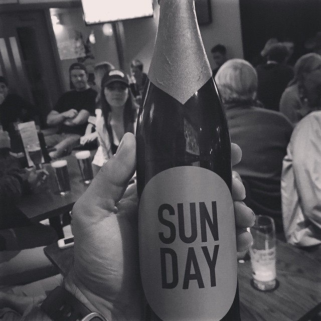What beer do you drink on FunDay? Well this one of course. @stevewanta grabbed this German IPA in London at Jetlag Bar while watching the #packers dominate the Rams.
