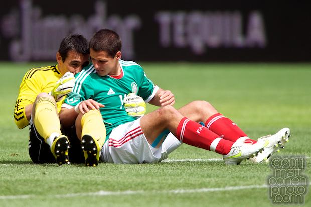 Justo Villar & Javier Hernandez