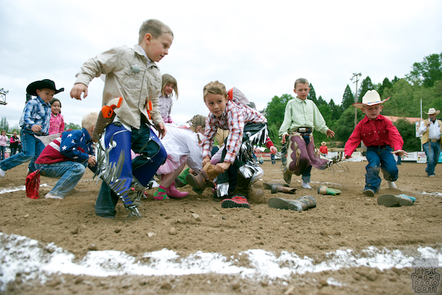 Kiddie Rodeo Boot Race - Mother Lode Round-Up