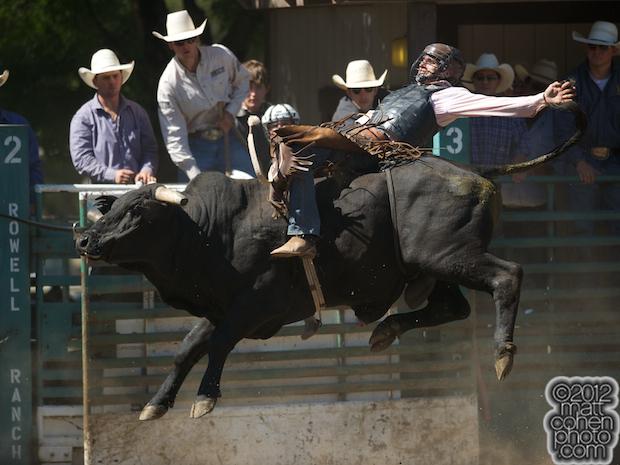 2012 Rowell Ranch Rodeo - Dustin Elliott