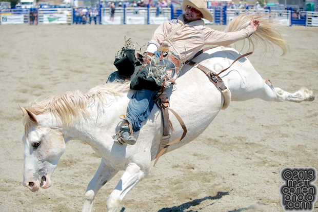 2013 NFR Bareback Riding Qualifier #3 - Will Lowe of Canyon, TX
