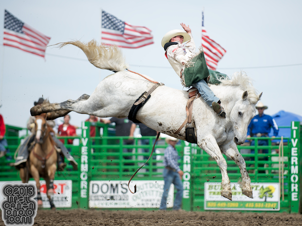 2013 NFR Bareback Riding Qualifier #14 - Jared Smith of Cross Plains, TX