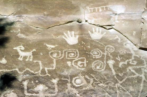 Petroglyph from Mesa Verde, courtesy    US National Parks    via    Wikicommons