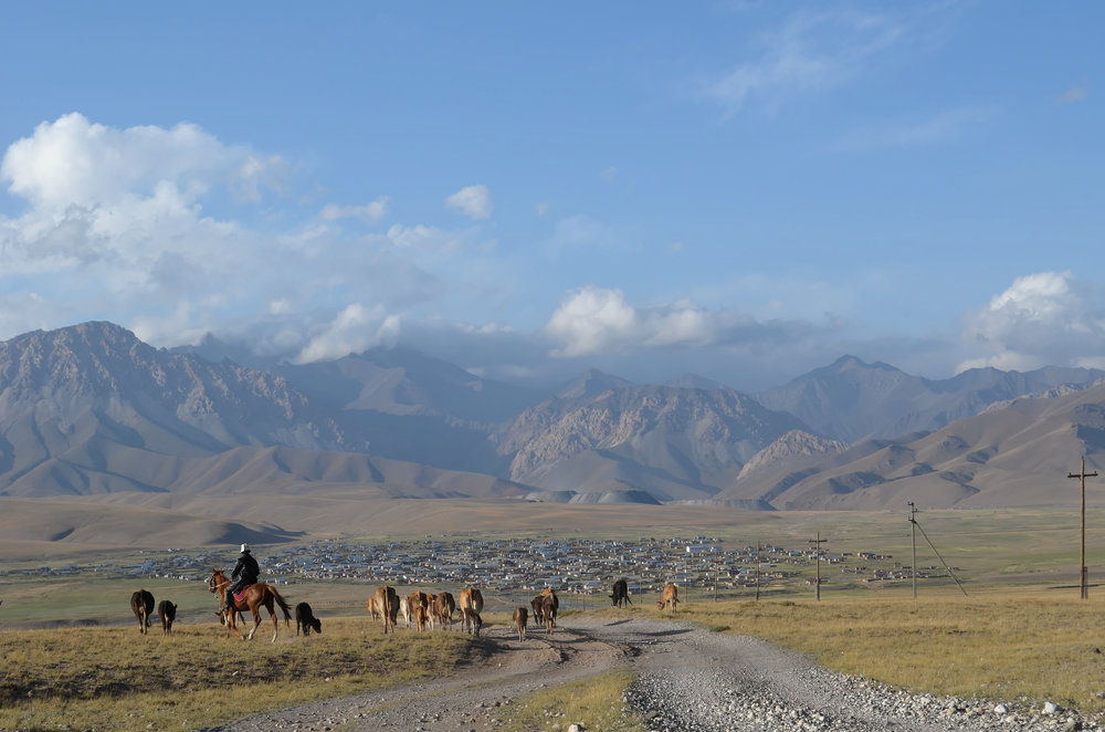 Undark: To adapt to a changing climate, Kyrgyzstan revives its nomadic past - In Central Asia, one country's climate change crisis prompts a revival of herding and farming practices.