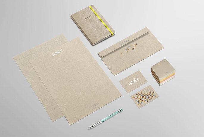 01-stationery-premium-mockup-inter-size1.jpg