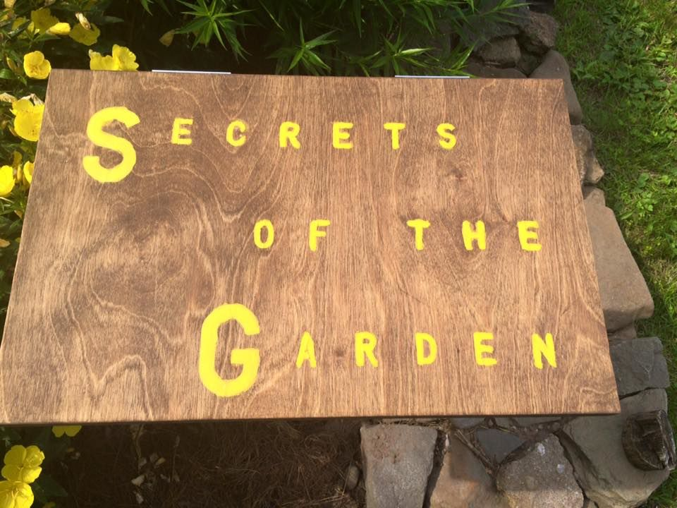 Inside the SECRETS OF THE GARDEN box are inspirational prompts for stories, poems, and ideas.