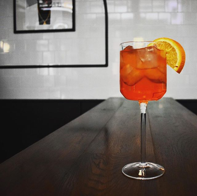 Come listen to some good tunes and knock back a tasty Aperol Spritz, Wednesday to Friday at our Leadenhall cafe 🤙. • • • . . . . . #bar #cocktails #drink #mixology #drinks #aperolspritz #instagood #summer #wine #food #beer #drinkup #alcohol #gin #thirsty #cocktailbar #pub #liquor #beers #party #photooftheday #restaurant #foodporn #mixologist #foodie #happyhour #slurp #sun #glass