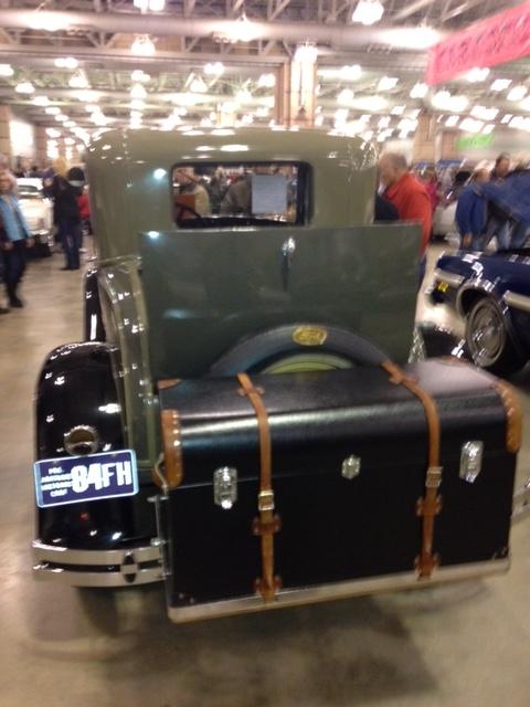 Vintage Cars 7.JPG