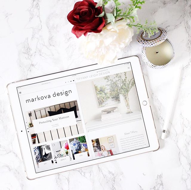 The title of 'blog designer' is one I gave up a while ago, but when two of the loveliest bloggers I've met asked for help, I couldn't say no! I have known both @barbara.matson & @tiffanyleighdesign for years and was thrilled to help them bring new life to their sites. ❤️ Barbara's blog was the first blog I ever helped design (outside of my own) and she could not have been a better first client. It was a huge learning curve for me, but so worth it in the end! 🙌🏻 Tiffany is an incredibly talented interior designer with a growing portfolio - we met at @blogpodium years ago and I have so enjoyed following her blossoming career. Her oversized green velvet pillows were the inspiration for my own ☺️💚 I am very thankful for the opportunity to flex my blog design muscle with these two projects - could not have asked for kinder, more patient or sweeter clients ❤️ Thank you both!! #creativelife #designblogger #showyourwork