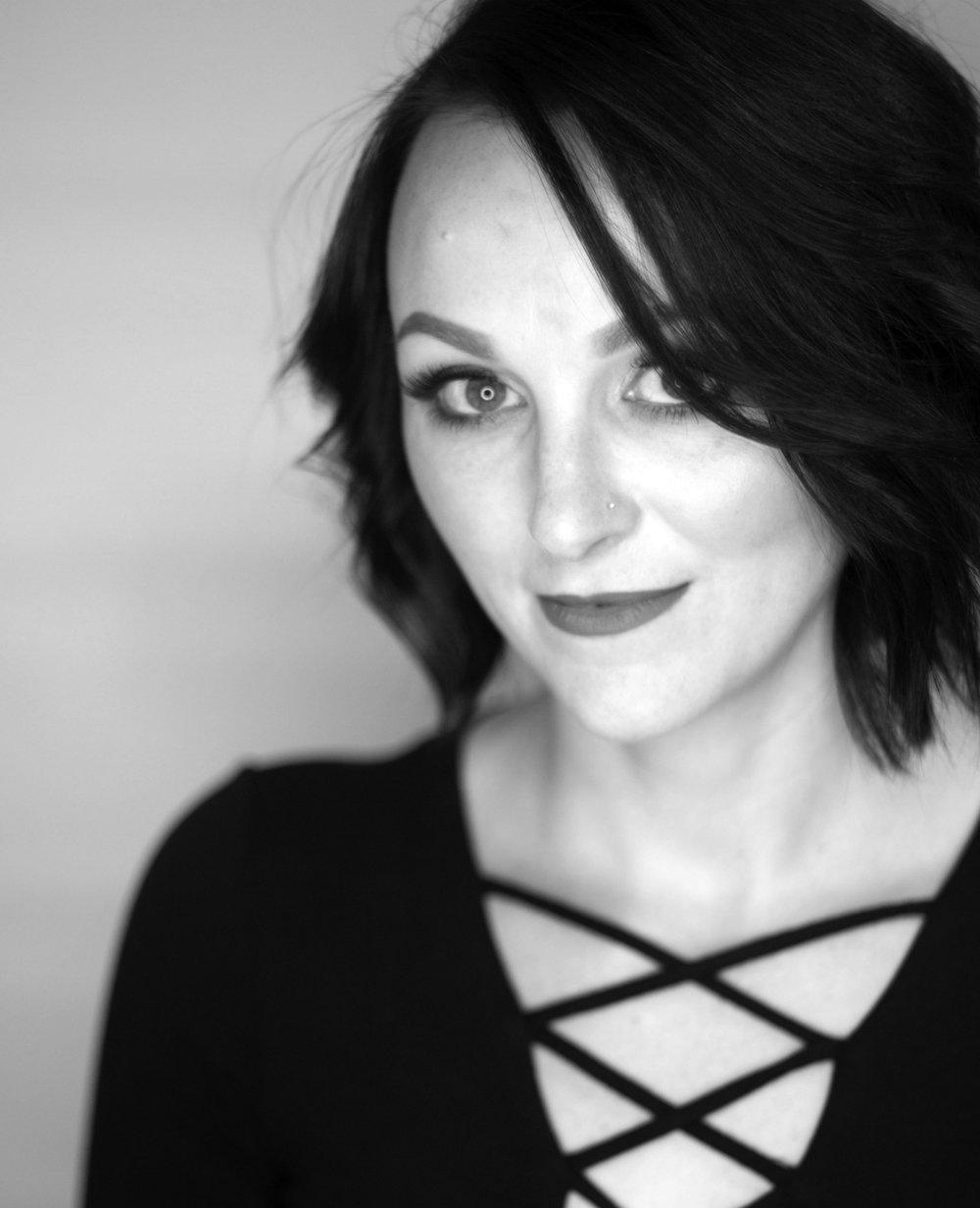 Janice Linares  Stylist  @hair apybyjanice