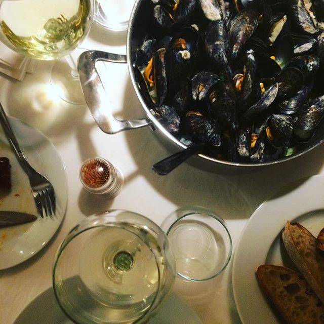 A little mussel-magic with some FISH in the glas! #vinatic #vinatic_wines