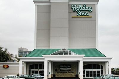 Holdiay Inn 2.jpg
