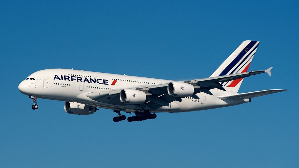 BriYYZ - Flickr: Air France Airbus A380-800 F-HPJB