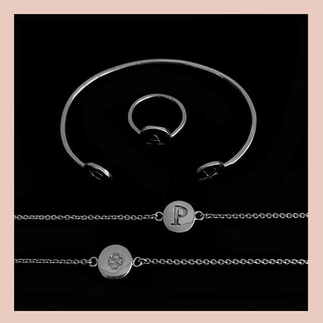 Las fuentes tipográficas son otro elemento que nos encanta utilizar cuando creamos joyería en @alinebortolotidesign . . . . #jewerly #jewels #fashion #accesories #love #style #lifestyle #fashionjewerly #alinebortoloti #luxury #jewelrydesign #loveit #cross #crossjewelry #pinkgold #letters #byalinebortoloti #meaningfuljewelry
