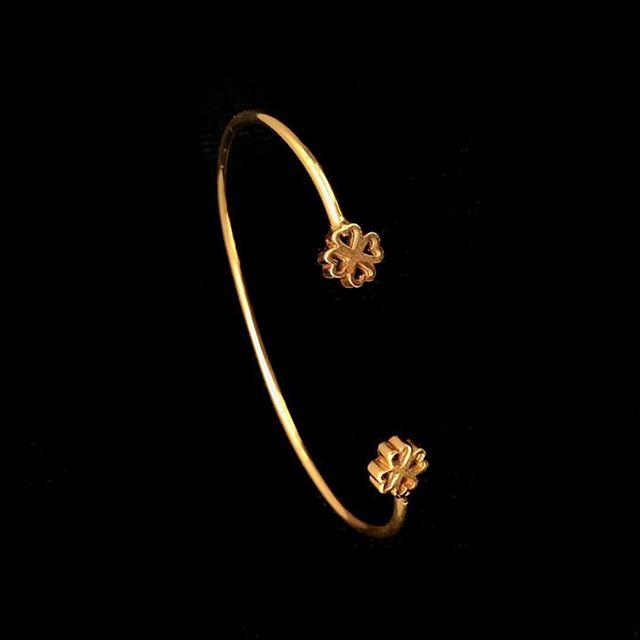 Durante todo el mes de enero tendremos descuentos en mercancía seleccionada ✨ #alinebortoloti #jewelrydesign #jewelry #sale #january #staytuned