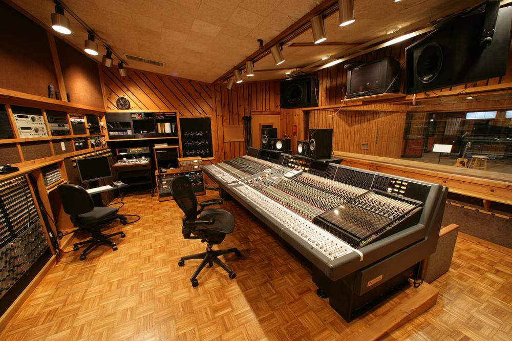 C control room 1280.jpg