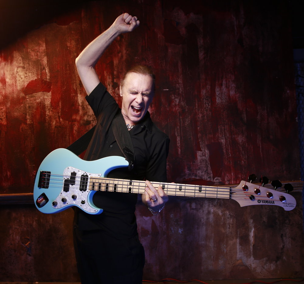 October 26th at 7pm Billy Sheehan will be holding a bass clinic at the Tweed Hut