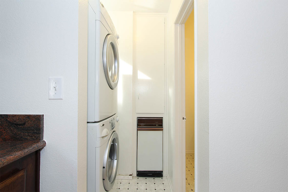 web.laundry.jpg