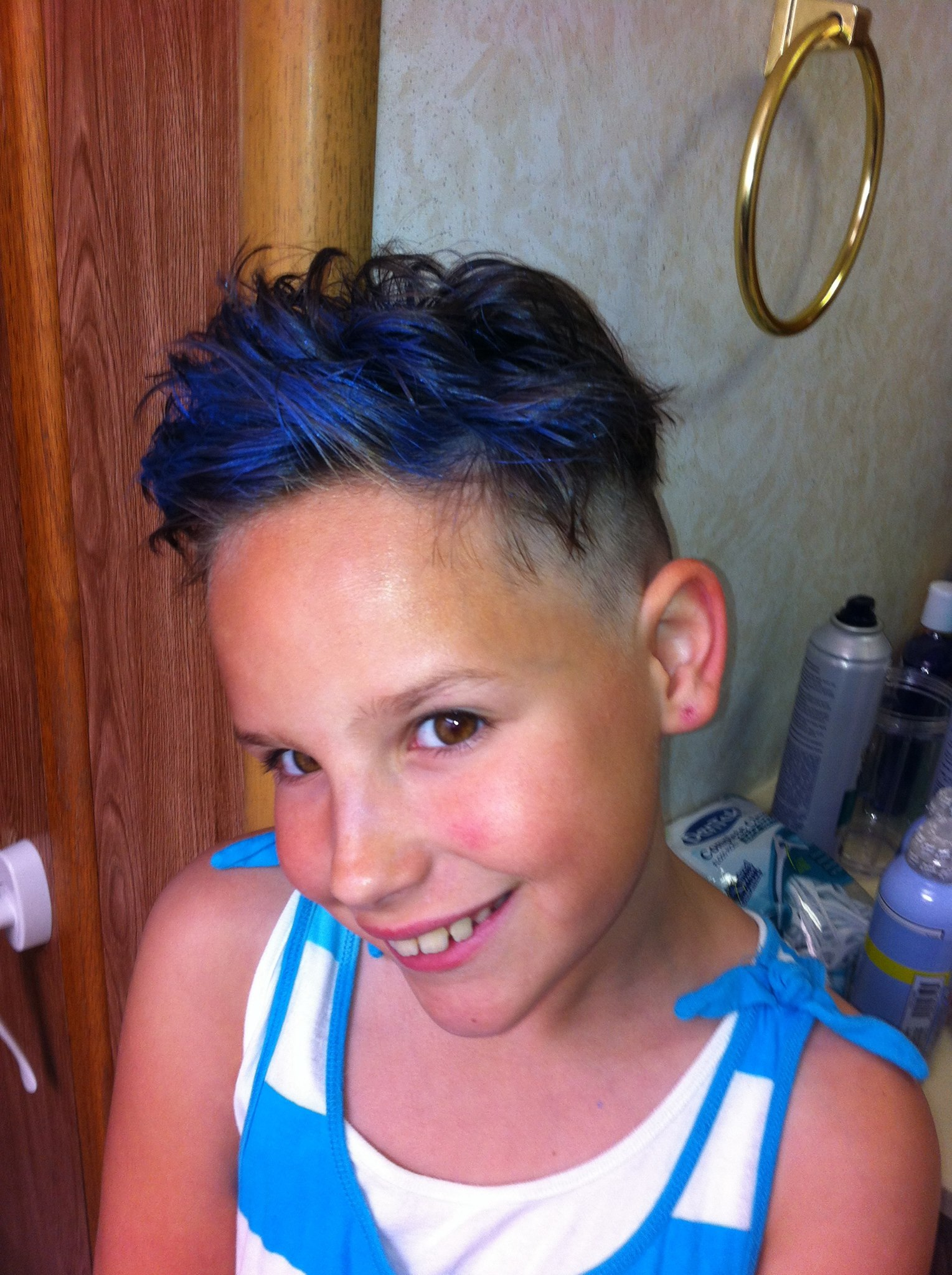Spiky blue hair.