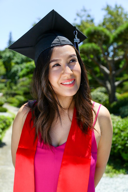 Sarah-Grad-1.JPG