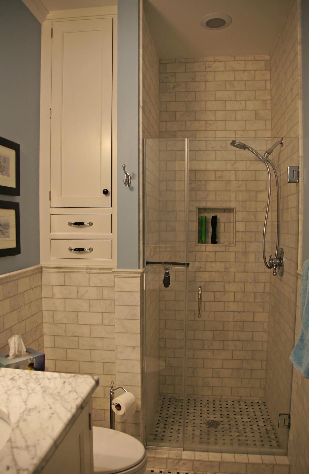 BH Hall bath 02.2.jpg