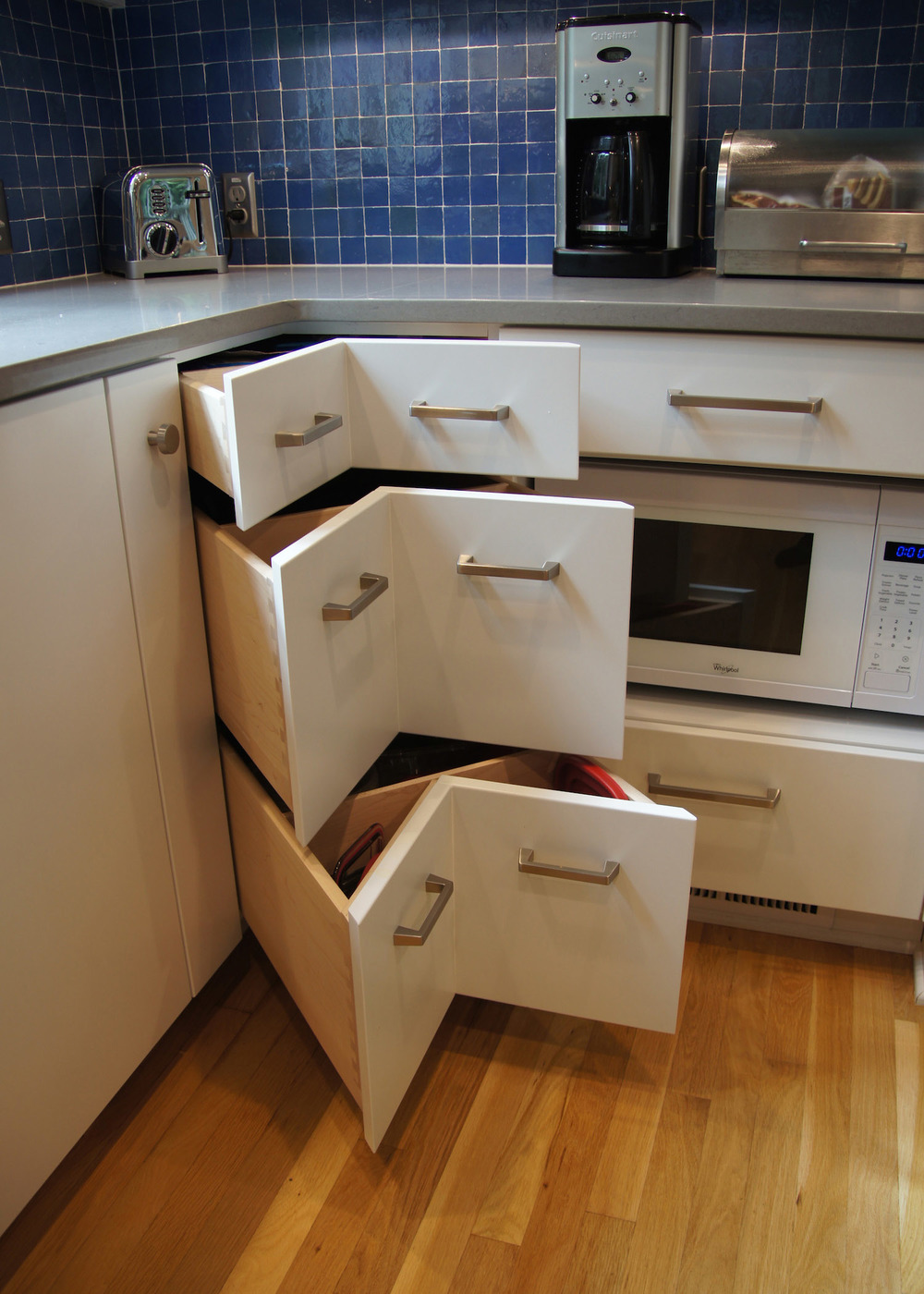 S.corner drawers.01.jpg