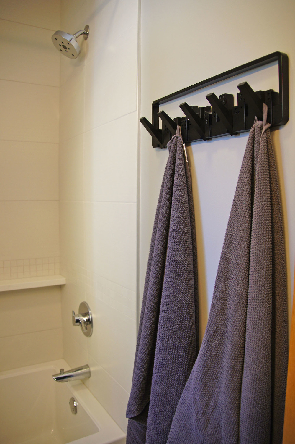 03 towel rack.jpg