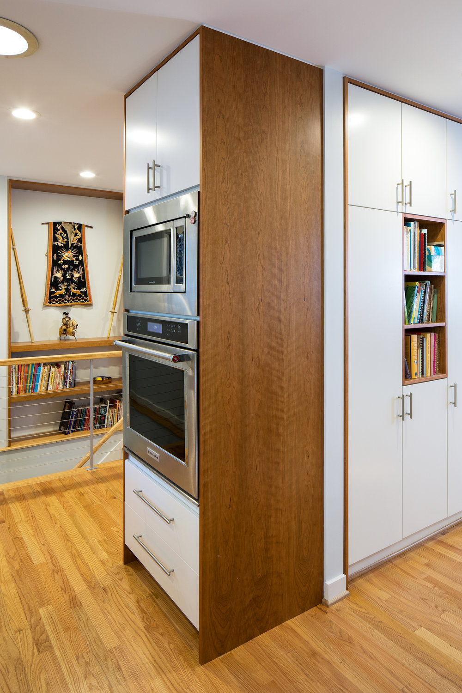lucassebaker kitchen stair.jpg