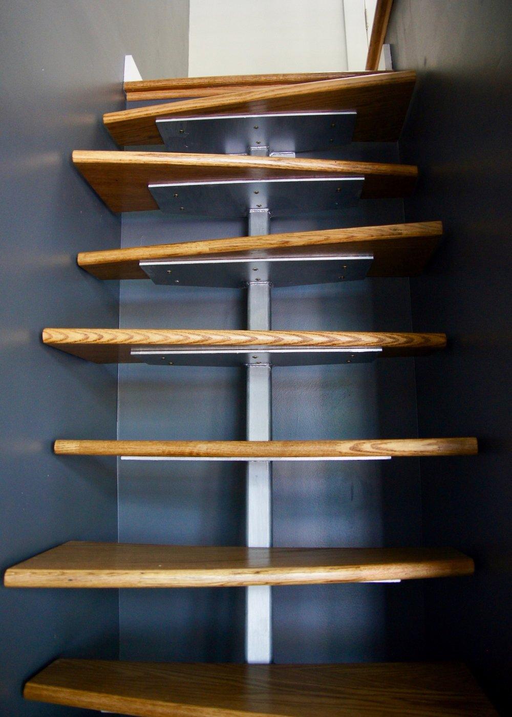 ladder detail.jpg