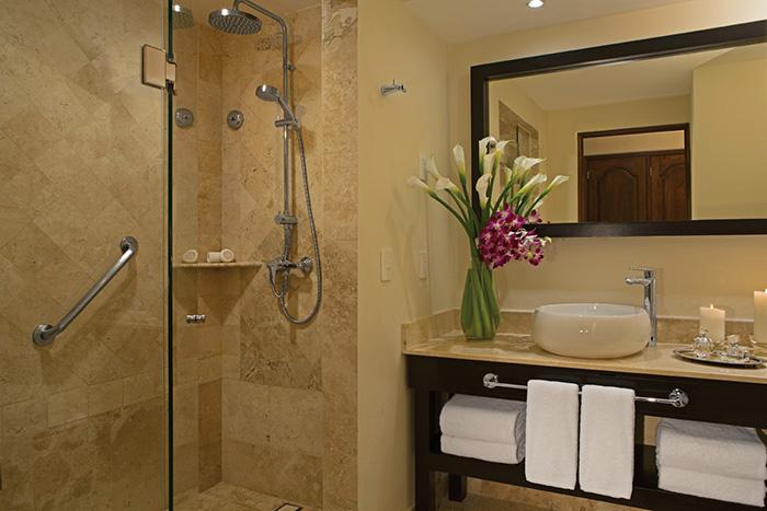 DRELC_JS_Bathroom_Shower_2015_1A.jpg