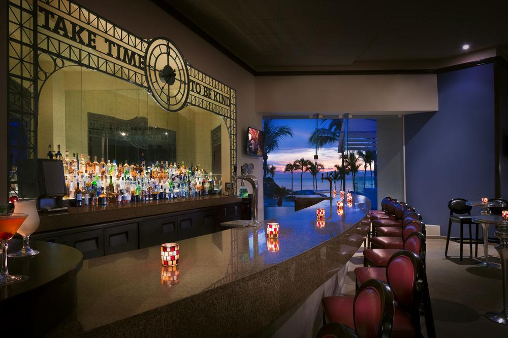 HRH Vallarta Hotel Bar 082215.jpg