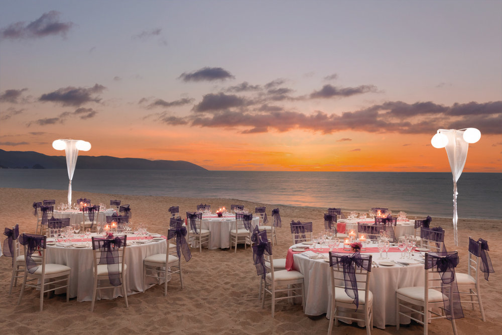 Hyatt-Ziva-Puerto-Vallarta-Beach-Wedding-Reception.jpg