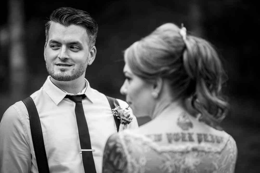 wedding111bw.jpg