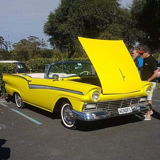 Electric Fairlane. Pretty buzzy @mercury_nz  #funwithpuns