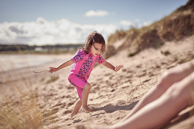 aptamil-130918-toddler-sand-annabell-0589-650x433.jpg