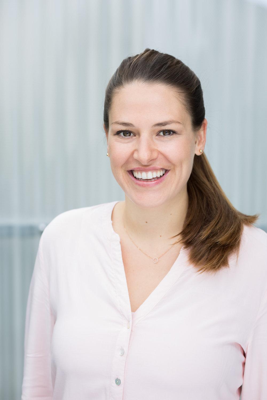 Anna Brammertz, BSc.   Physiotherapeutin | Osteopathin i.A.   0650 / 270 41 64    anna@amano.at     Mehr über Anna erfahren