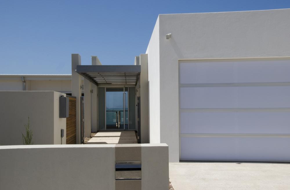 Goode Beach Residence