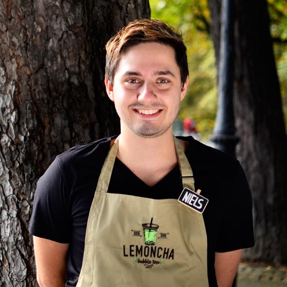 Staff Lemoncha Niels.jpg
