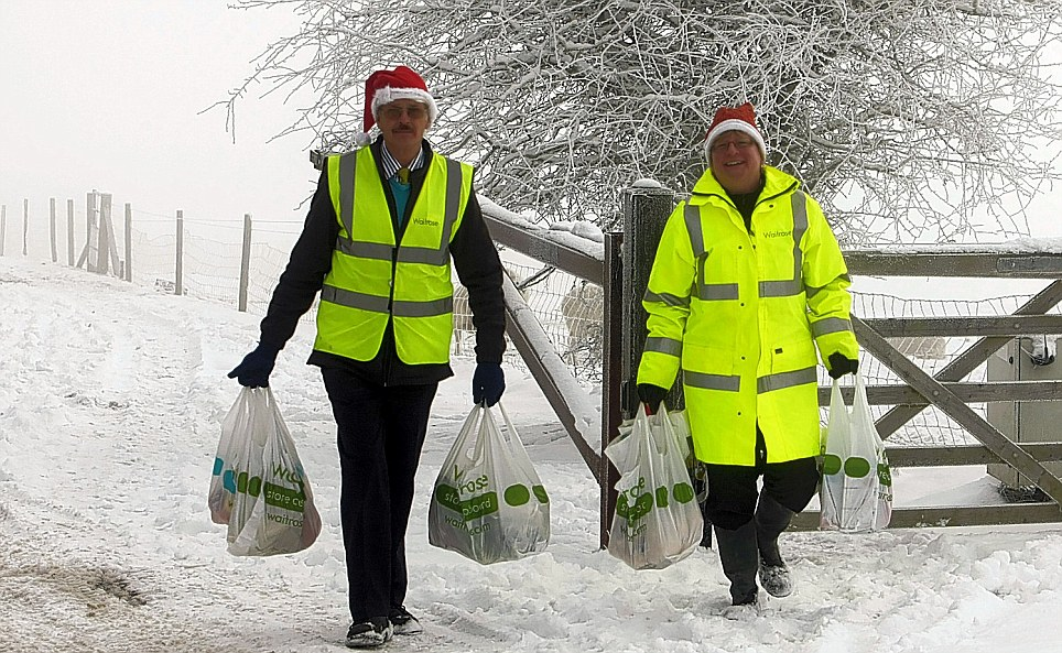 Waitrose staff deliveries in the snow. Photo by Les@leswilson.com